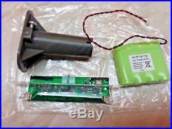 ADT Solar LED Flashing Alarm Bell Box Decoy Dummy Kit. + Bracket And Battery NEW