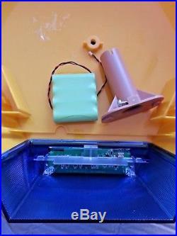 NEW ADT Solar LED Flashing Alarm Bell Box Decoy Dummy Kit. + Bracket And Battery1