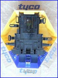 NEW STYLE ADT Twin LED Flashing Solar Decoy Bell Box Dummy Kit + Battery (SFG-2)